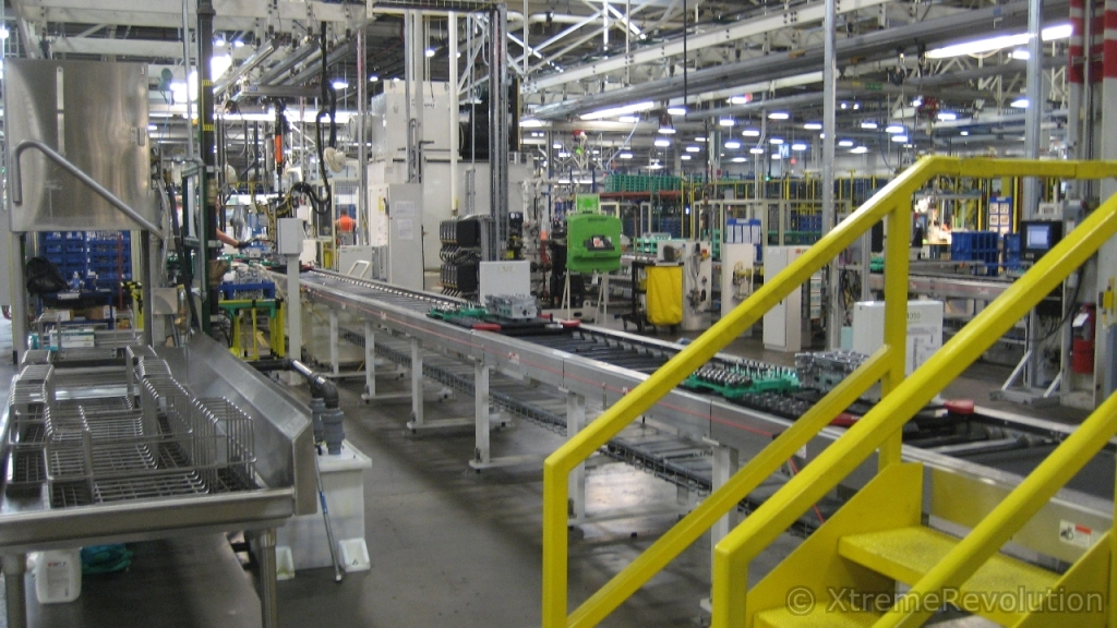 Gm engine pictures autos post for General motors assembly plant